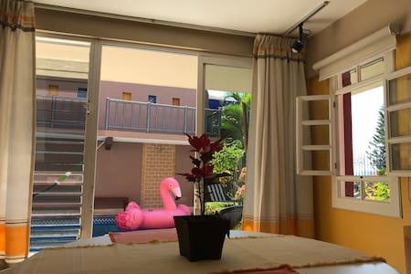 Suite Amarilla #2  Condominio Robalo