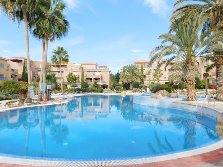Excellent located apartment in Limnaria Gardens