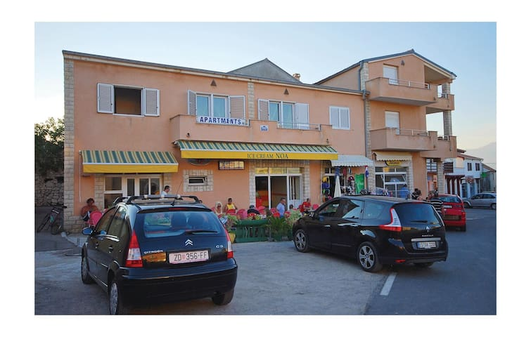 Holiday apartment with 1 room on 40m² in Razanac