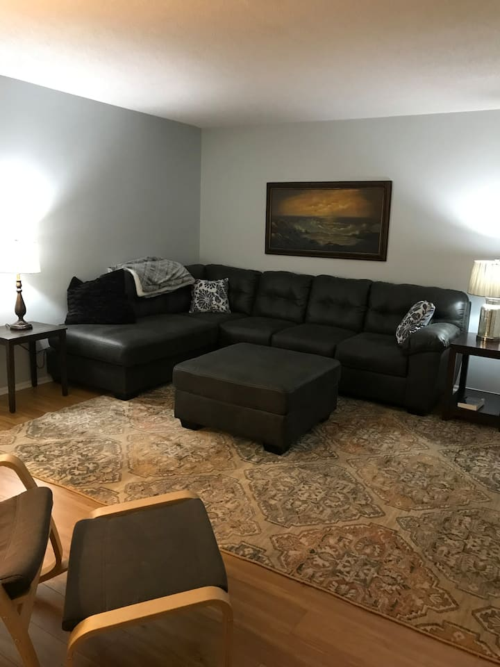 Peaceful townhouse in West Columbia, Close to USC