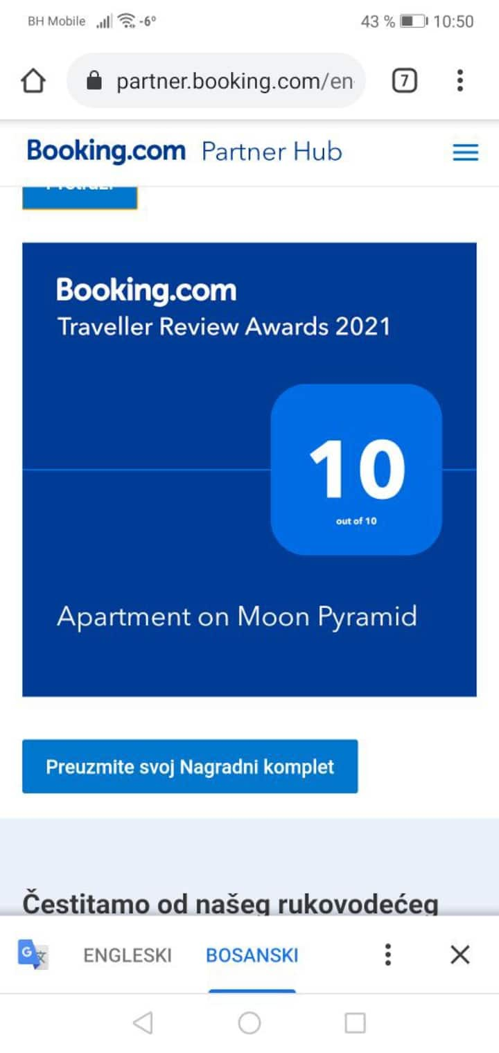 Aparment Pyramid of the Moon