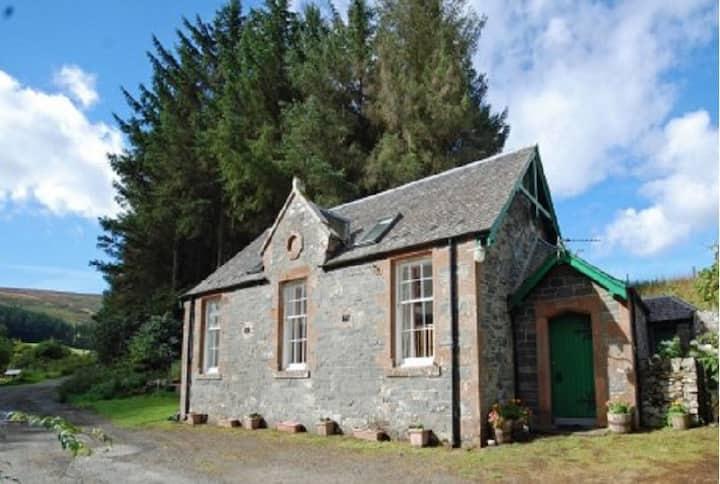 School Cottage~Detached, Amazing Views & Wildlife