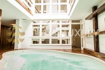 5BD with heated indoor pool and retractable roof.