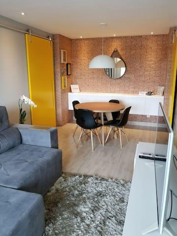 Completo, climatizado, um lar para suas férias :)