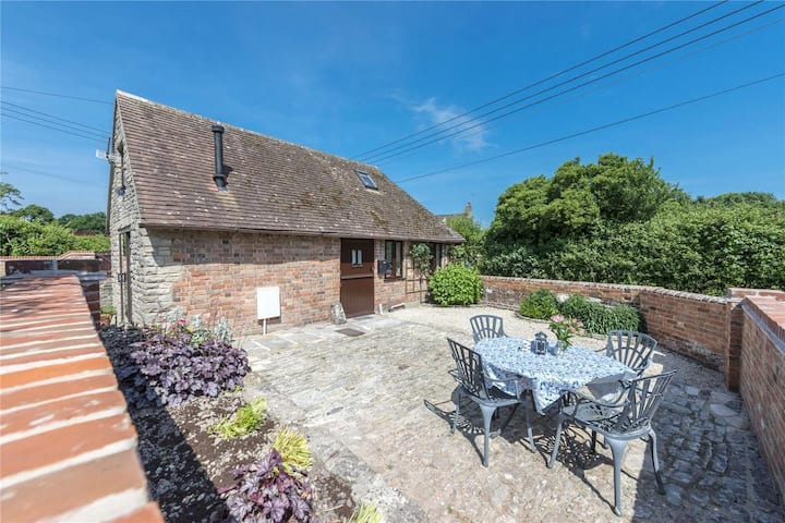 Pound Cottage, delightful property in Purbeck