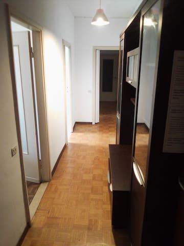 L'appartamento di Rose a Stradella(Stanza Vintage)
