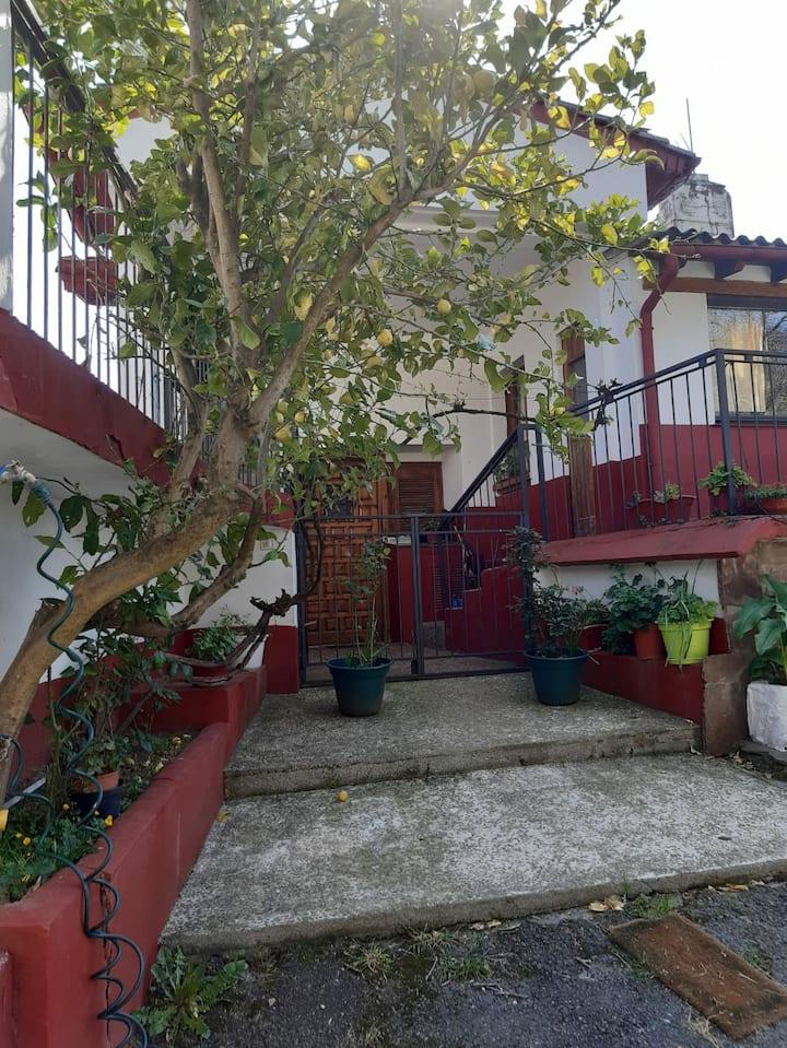 Apartamento con terraza cerca de San Sebastian