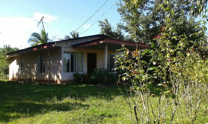 Habitación en casa de finca agroecológica