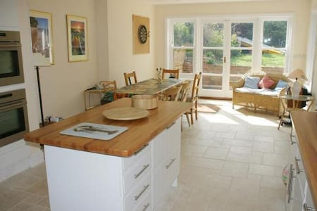 Luxury 4 bed home in Isle of Wight - Seaview - House