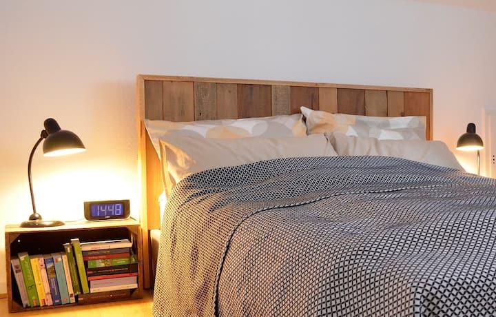 Design im Bi-Westen - 2 Zimmer Apartment