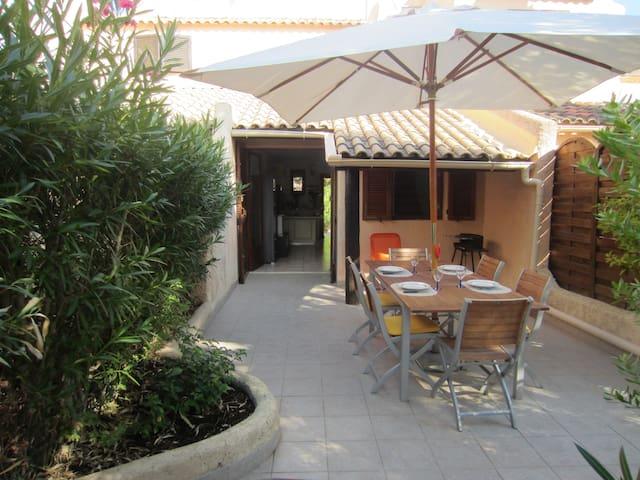 coquette mini-villa à 300m plage