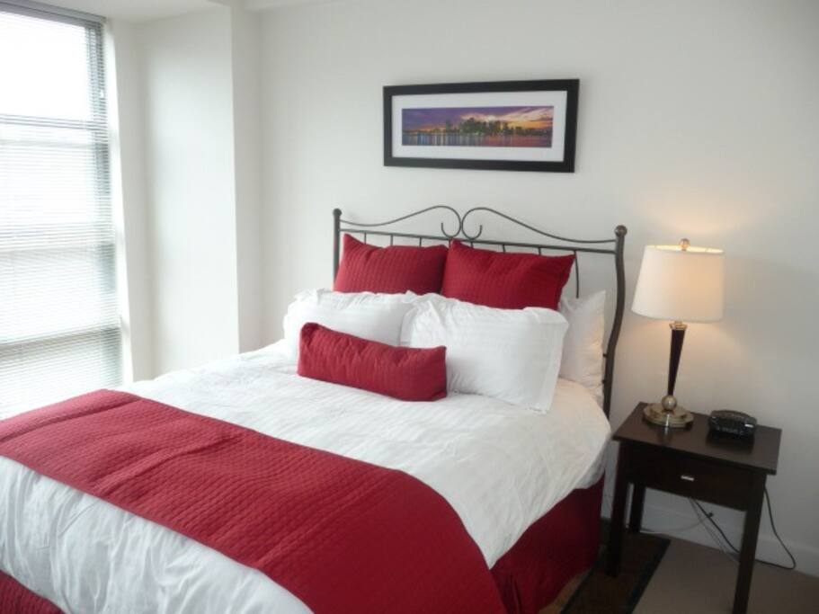 Bed  Bath With Den For Rent Boston