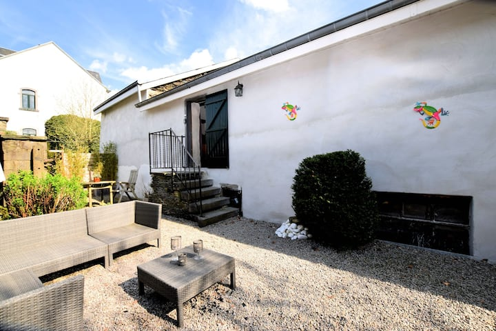 Characteristic and atmospheric semi-detached house with WiFi near Luxembourg
