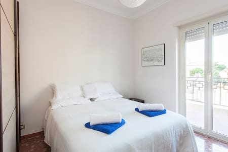 FL3 Gemelli Guest Penthouse - Roma - Apartment