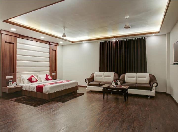 Premium Double Room Hotel The Royal Krishna