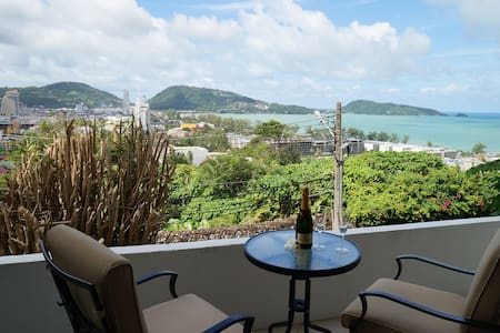 A Bay View Patong - Patong - Bed & Breakfast