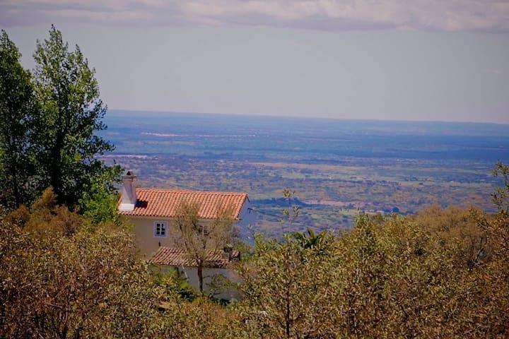 Tapado do Barreiro Farmhouse - Castelo de Vide - Huis