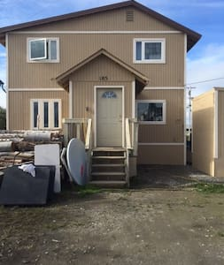 Kotzebue House with Private and Semi-Private Space - Kotzebue - Rumah