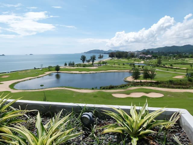 Spectacular Seaview - Luxury Condo for Longstayers - Nong Kae - Apartmen