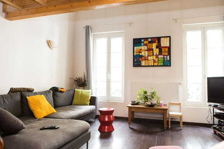Loft 100m², 5 pers, view on the river Garonne