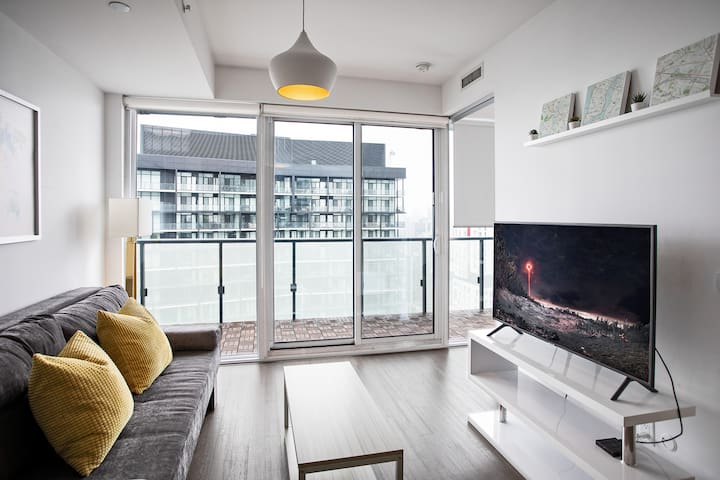 Explore in ❤️ of Downtown from a Central 1 BR★Suite