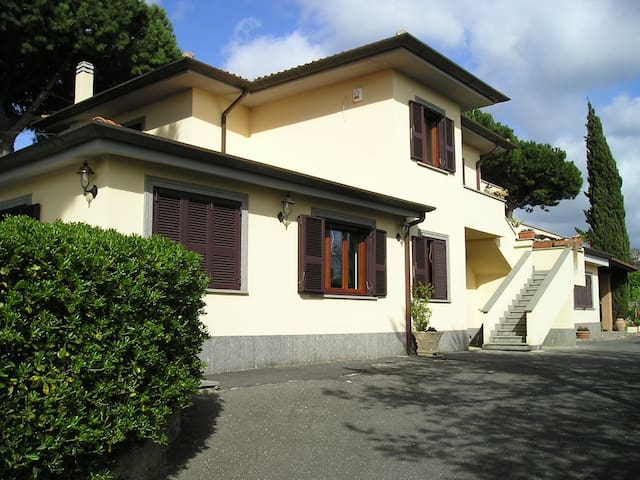 Appartamento 6/8 posti letto alle porte di Roma - Marino - Lägenhet