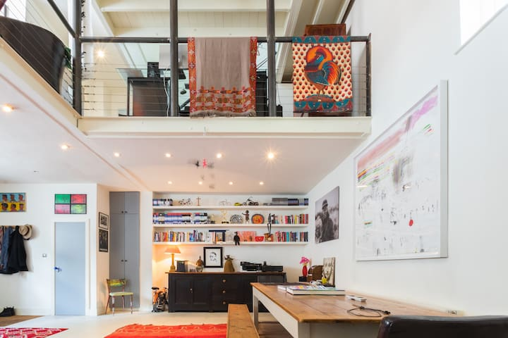 Characterful, eclectic mews house nr Notting Hill