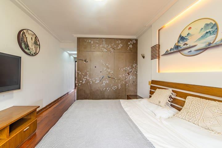 与房东合租 独立房间 近西湖近四季青近医院近地铁新中式大床房可体验汉服
