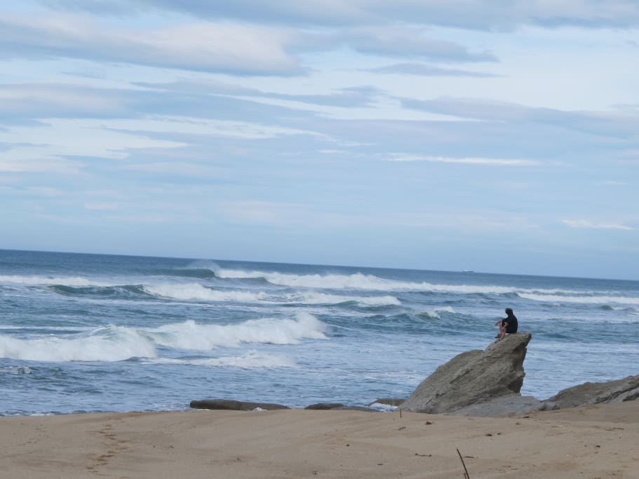 Gilles face à l'immensité de l'océan