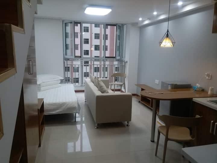 武威小城逸家商务公寓