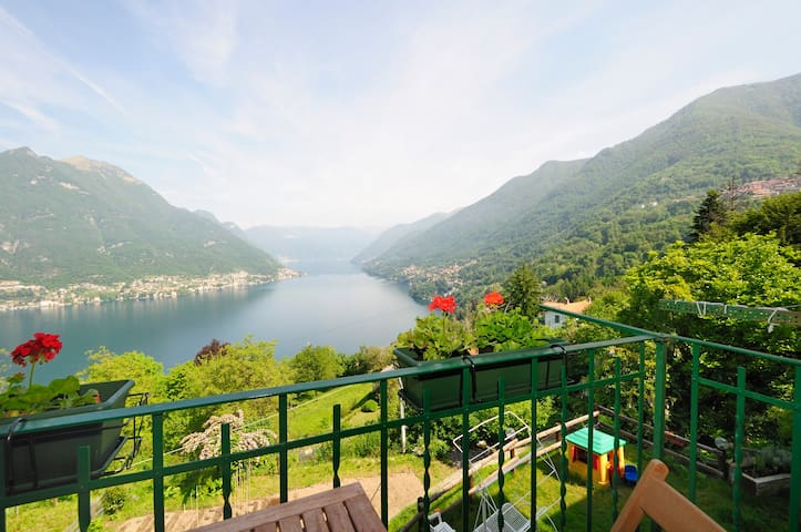 Ca' Bossa Holiday Home Lake of Como - Faggeto Lario - Lägenhet