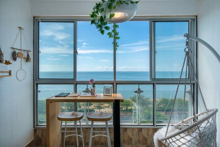 『亲子摩洛哥』高品质海景房丨一室两厅丨两露台均可看海景丨可做饭丨近北海老街 海底世界 金滩