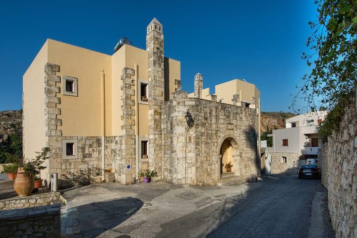 Lovely home in village! Villa  Mando