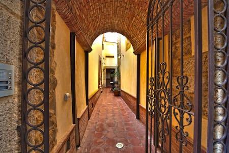 Appartamento con mansarda - Caltagirone