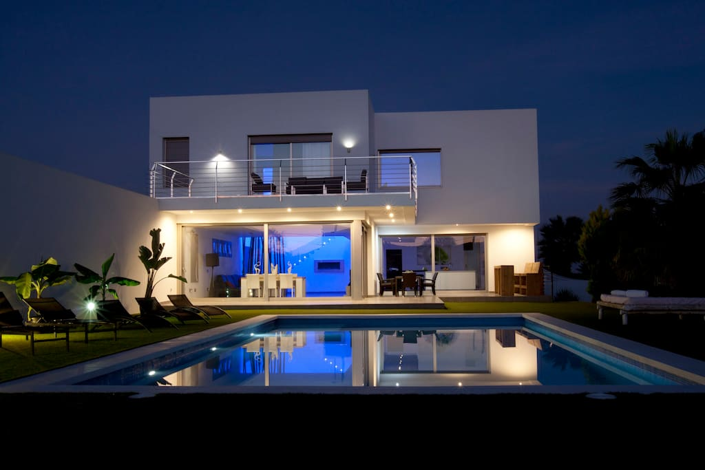 villa front view by night