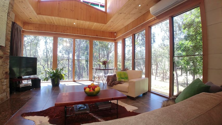 Stonehill Retreat - Private, Secluded, Luxury!