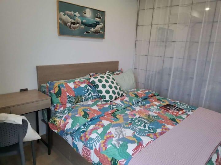 近7号线大床优惠房/桃源森林公寓