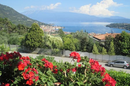 Room with stunning lake view - Salò - B&B