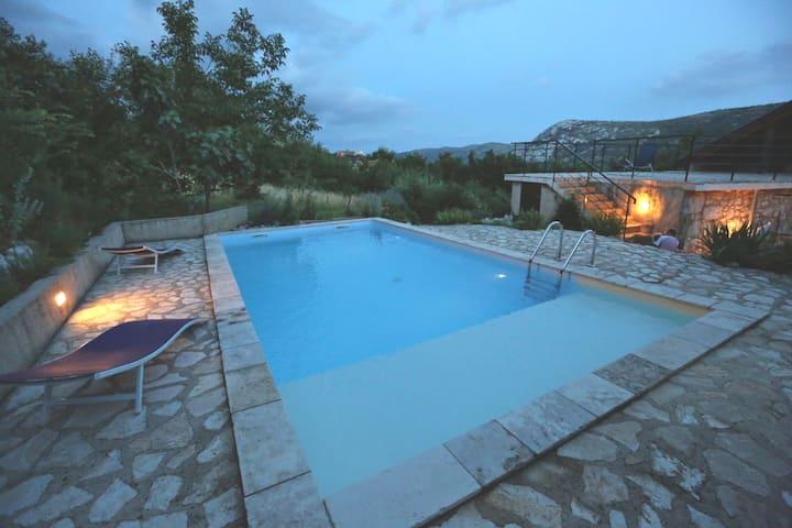 Abeona Mediterranean villa