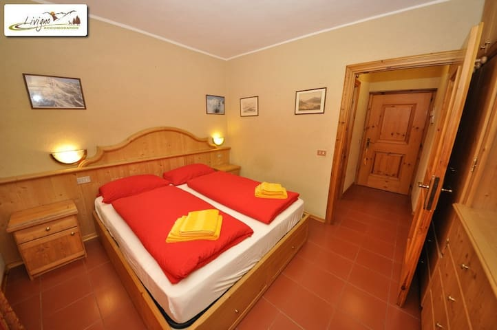 Chalet with 5 spacious bedrooms - Livigno - Lägenhet