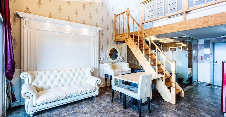 까델아스 델루즈(복층 커플 spa) Duplex room