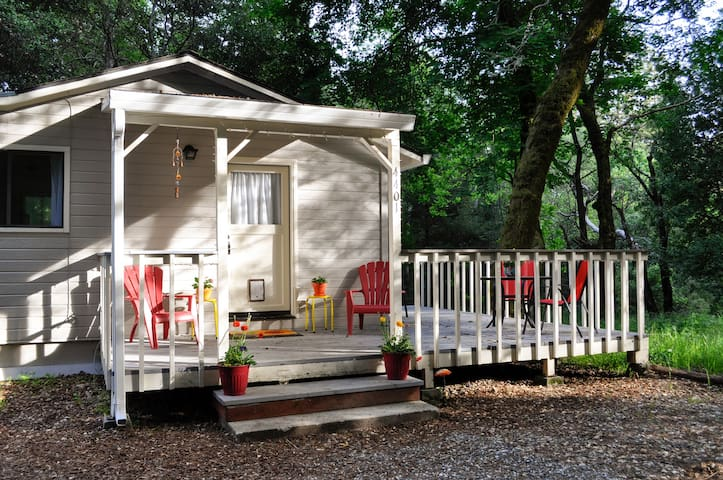 Auntie Carol's Hideaway - Scotts Valley - Bungaló