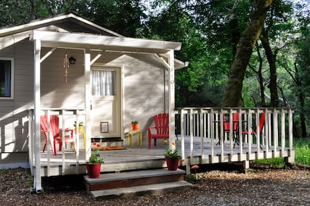 Auntie Carol's Hideaway - Scotts Valley - Bungalov