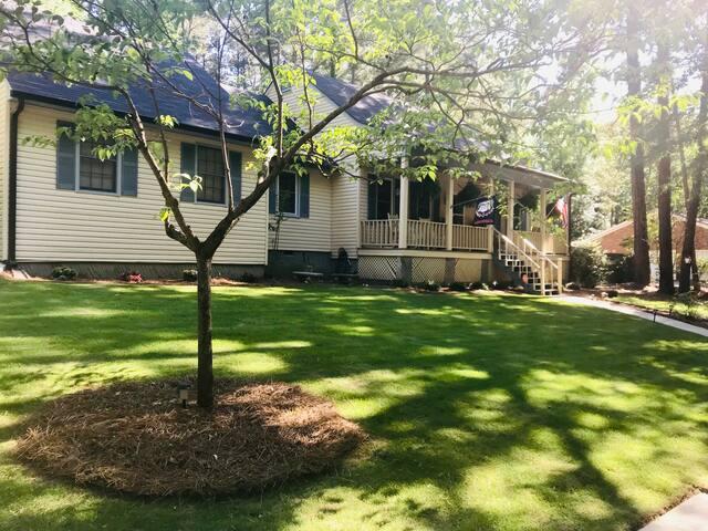 2020 Masters Rental: BEAUTIFUL, Quiet Neighborhood