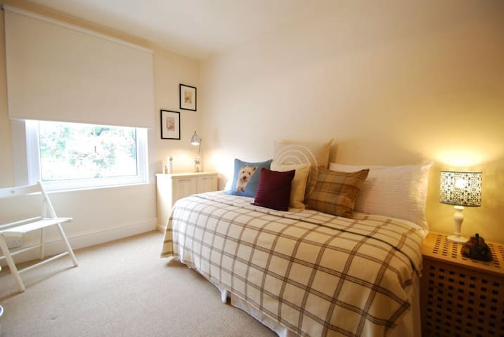 No. 69   Great Escapes Wales - Deganwy, - House