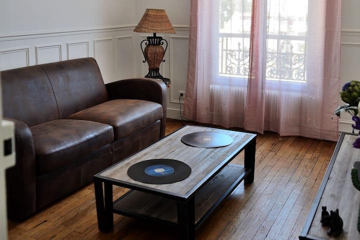 Charme d'un appartement typique parisien