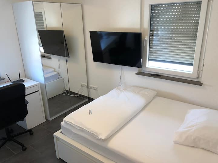 Serviced Studio Apartment S-Vaihingen DRV3