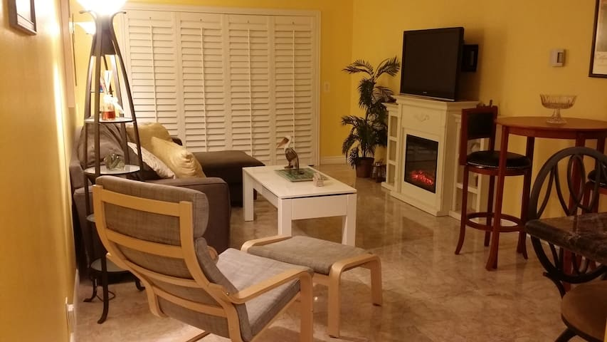 California Coastal Vacation Rental - Port Hueneme