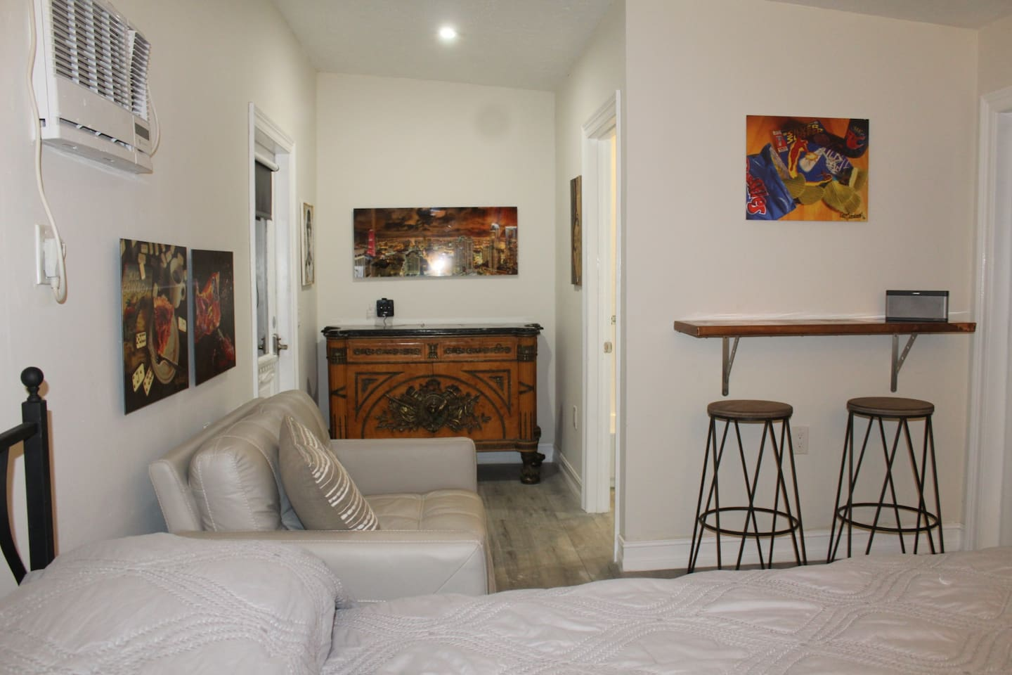 Wynwood Area-Very Private Newly Decorated Suite