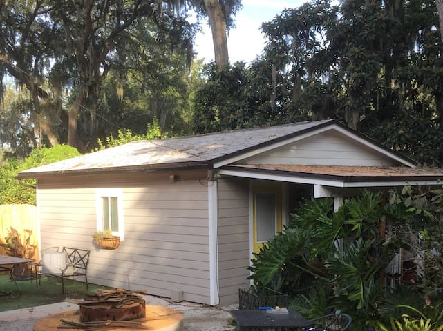 Private Guest Cottage - Jacksonville - Banglo